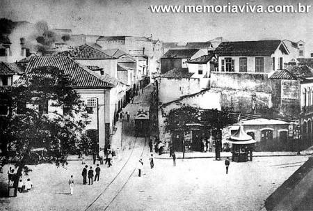 Largo da Mãe do Bispo na transição dos século XIX e XX. Disponível em www.memoriaviva.com.br.