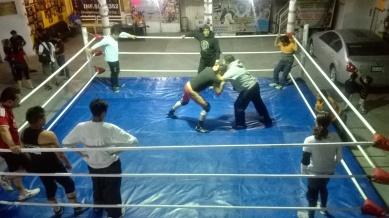 Un entrenamiento en un coliseo de barrio: la Arena Azteca Budokan