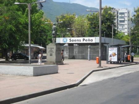 Praça_Saens_Peña_2