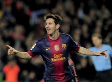Barcelona's Argentinian forward Lionel Messi celebrates after scoring during the Spanish league football match FC Barcelona vs Real Zaragoza at the Camp Nou stadium in Barcelona on November 17, 2012. AFP PHOTO / JOSEP LAGO (Photo credit should read JOSEP LAGO/AFP/Getty Images)